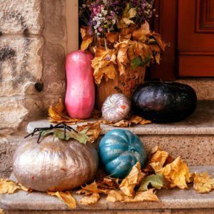 15 Ways to Decorate Your Porch This Fall