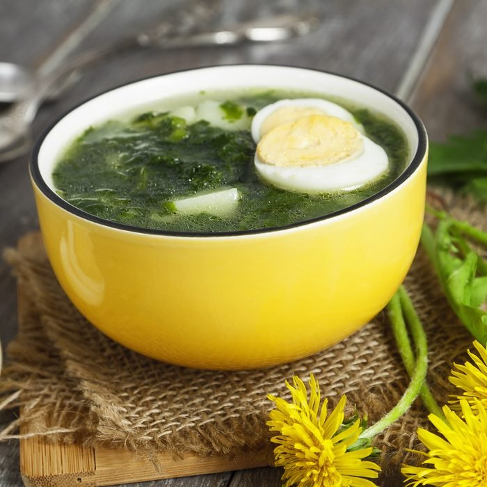 Soup of nettles on the wooden table; Shutterstock ID 400461808; Job (TFH, TOH, RD, BNB, CWM, CM): TOH