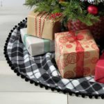 10 DIY Christmas Tree Skirt Ideas