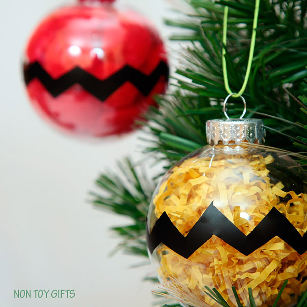 Charlie Brown Christmas Party, Non-Toy Gifts ornament craft