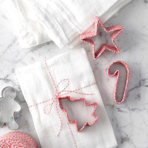 How to Make Homemade Christmas Ornaments
