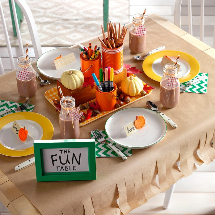 The fun table filled with crafts