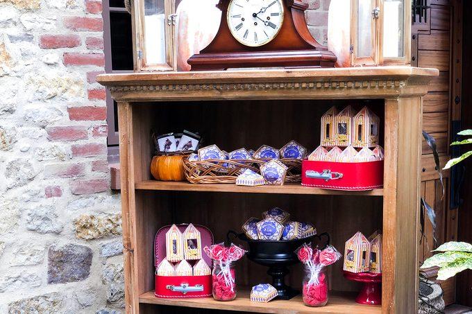 harry potter snack shelf