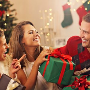 10 Funny Christmas Gifts to Make Your Friends Giggle
