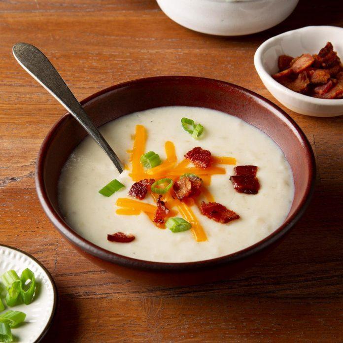Easy Crock-Pot Potato Soup