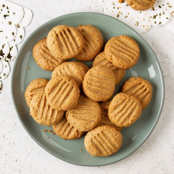 Healthy Peanut Butter Cookies Exps Ft19 247269 F 1203 1 1