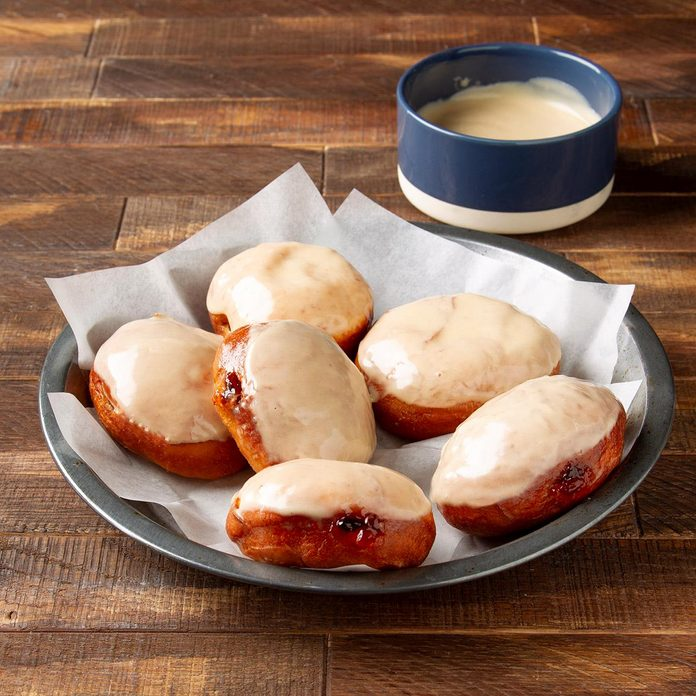 Peanut Butter And Jelly Doughnuts Exps Ft19 247043 F 1121 1 3