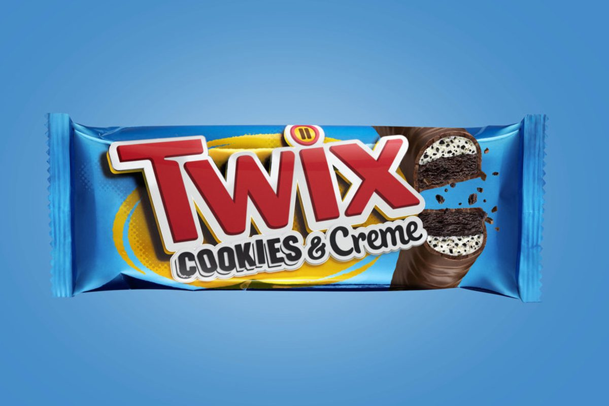 TWIX Cookies & Creme is now available on store shelves nationwide as the newest edition to the TWIX® flavor lineup. The newest TWIX® flavor is a fun, flavorful twist on the classic, featuring chocolate cookie bars, an all-new, soft-creme center packed with crunchy cookie bits, all while covered in creamy milk chocolate.