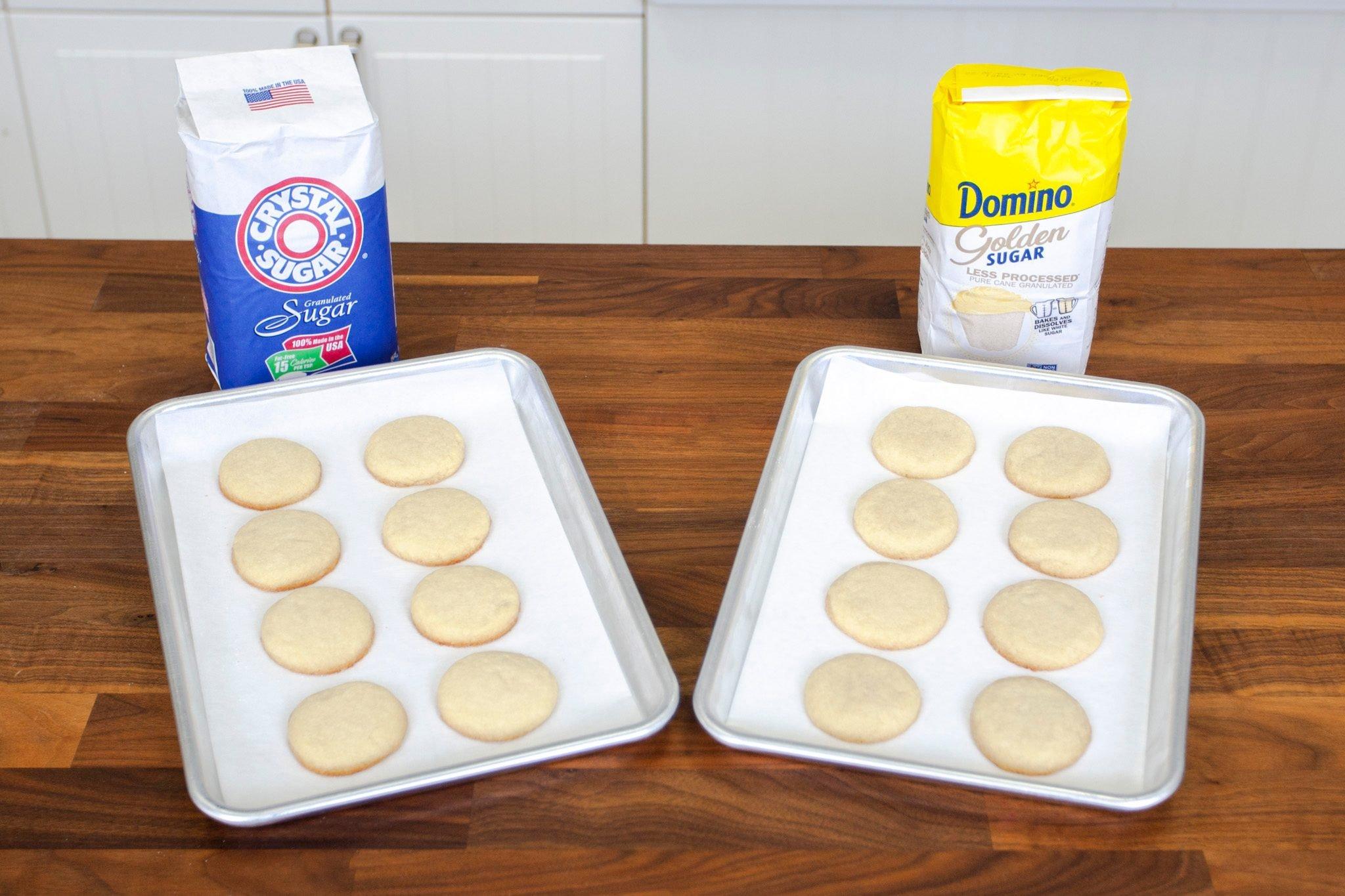 Domino's New Golden Sugar with Regular White Sugar