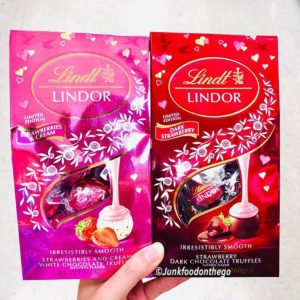 Lindt's New Valentine's Day Lindor Truffles Have Us Falling in Love