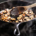 How to Saute Mushrooms in a Frying Pan