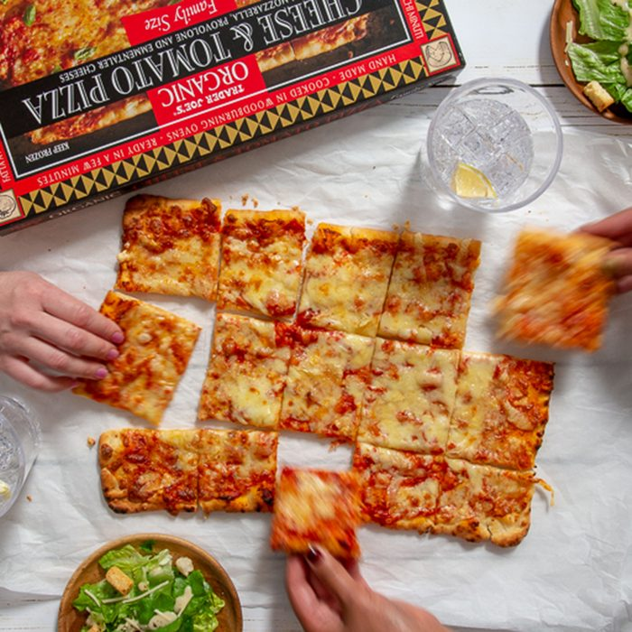 Organic Family Size Cheese & Tomato Pizza