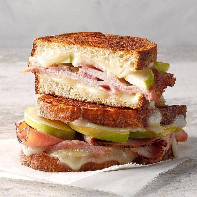 Grilled Cheese, Ham and Apple Sandwich