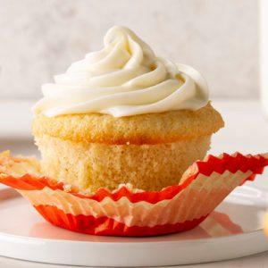 How to Make the Best Gluten Free Vanilla Cupcakes