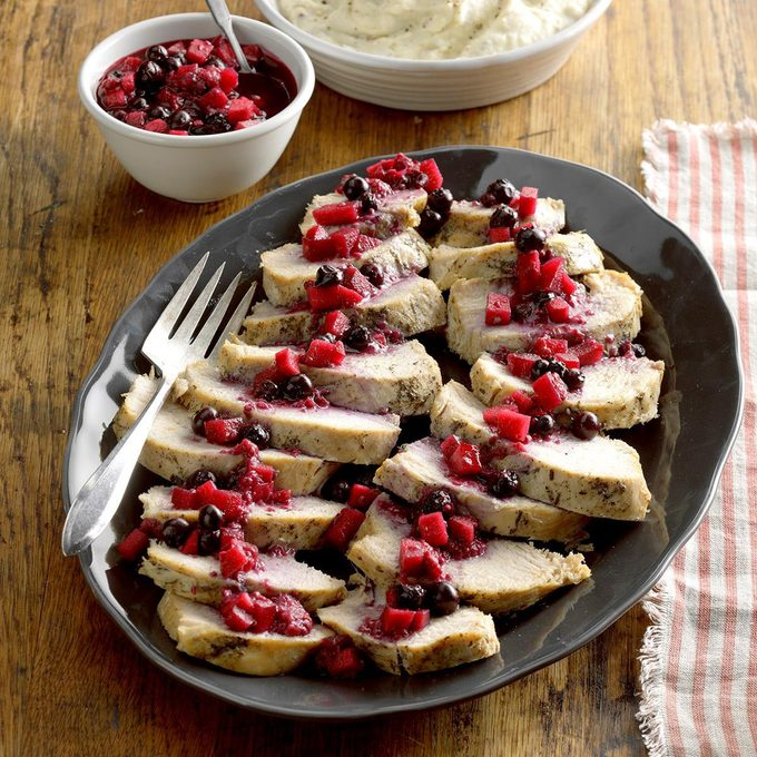 Pressure Cooker Turkey With Berry Compote Exps Thca19 207878 B08 16 4b