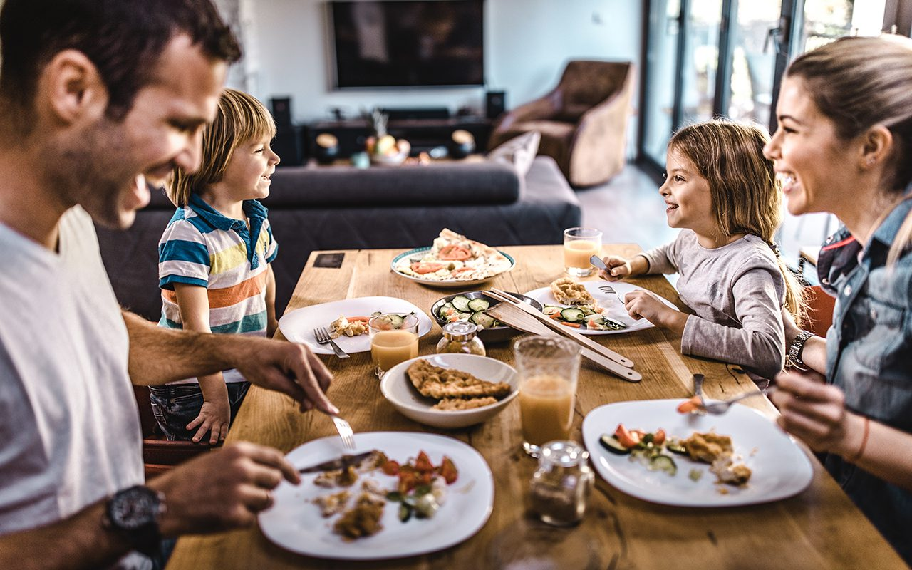 The Importance of Family Dinner, According to a Health Expert