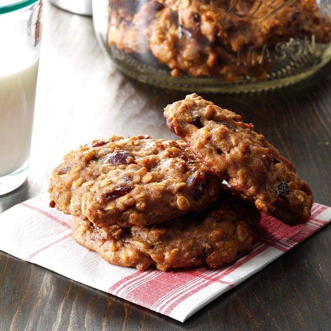 Banana Oat Breakfast Cookie Exps Bbbz16 51566 07a 07 5b Basedon 3