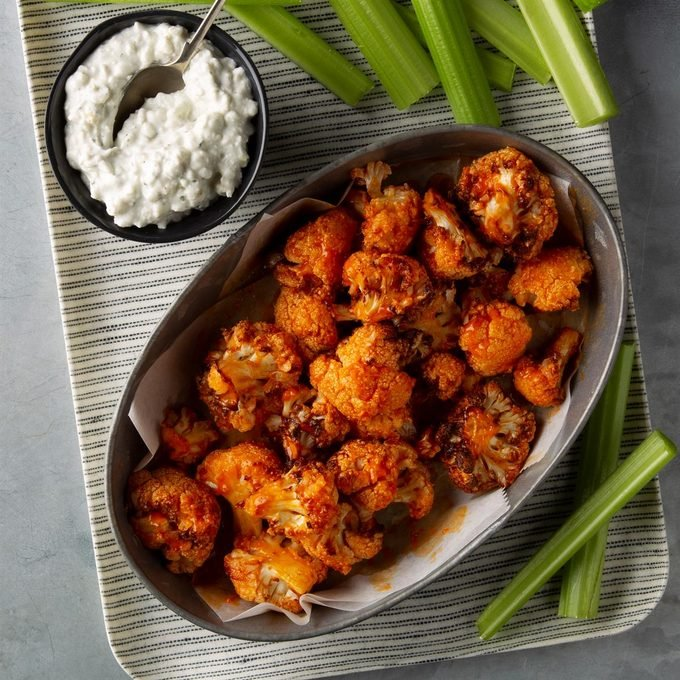Buffalo Bites With Blue Cheese Ranch Dip Exps Ft20 238642 F 0227 1 9