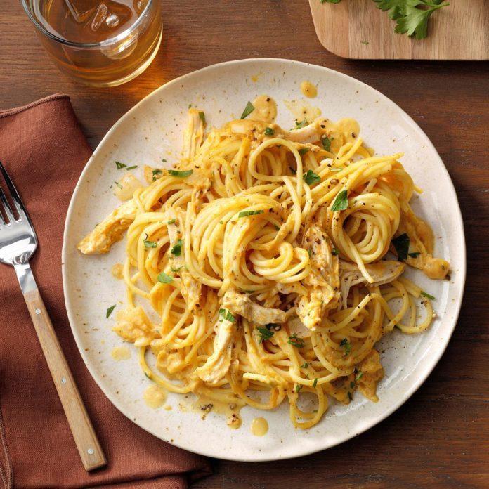 Creamy Pumpkin Spaghetti with Chicken