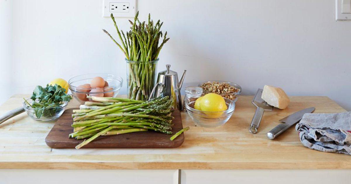 Deb Perelman's kitchen table 1200x630