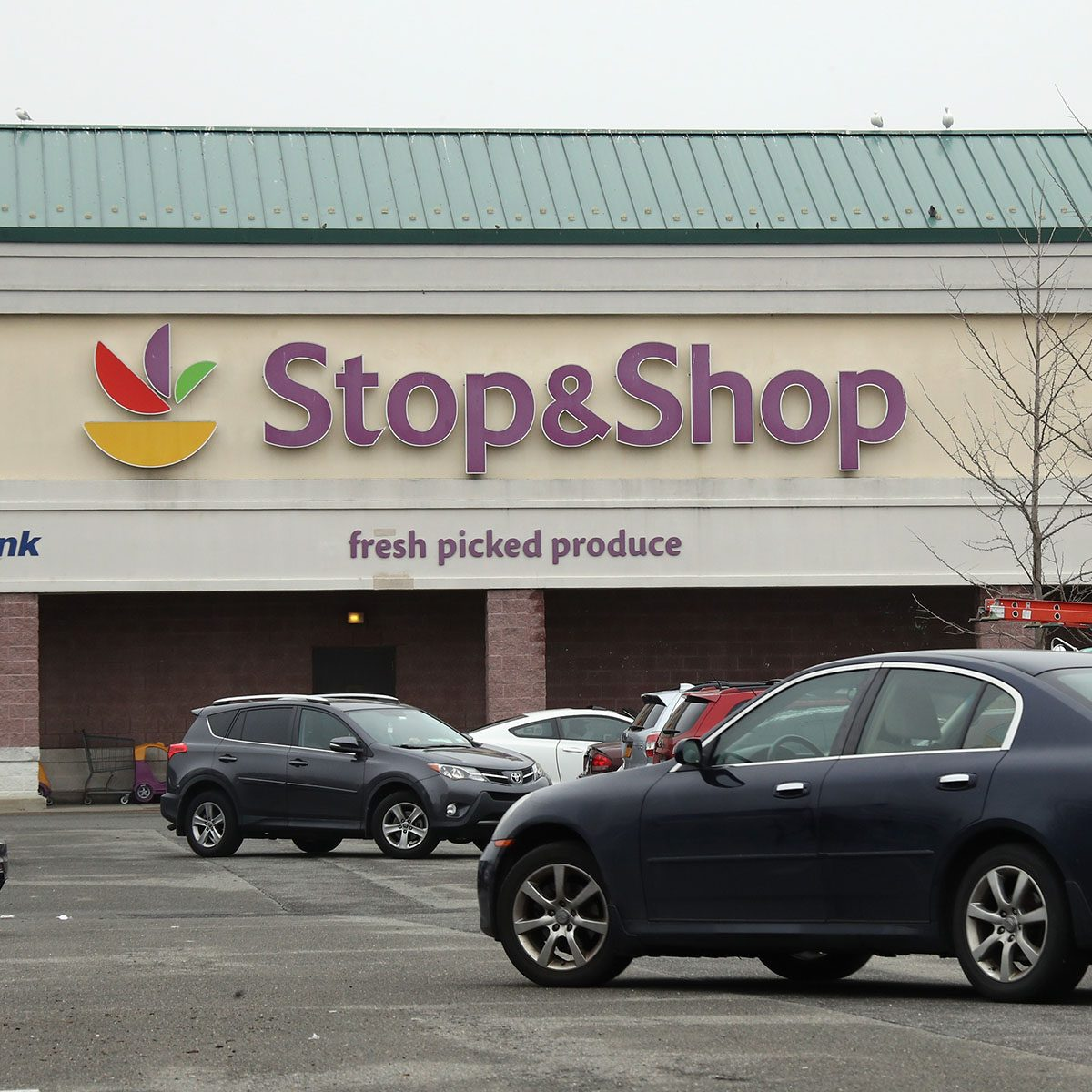 HICKSVILLE, NEW YORK - MARCH 20: Shoppers head for the Stop & Shop grocery store on March 20, 2020 in Hicksville, New York. The World Health Organization declared the coronavirus (COVID-19) a global pandemic on March 11th. (Photo by Bruce Bennett/Getty Images)