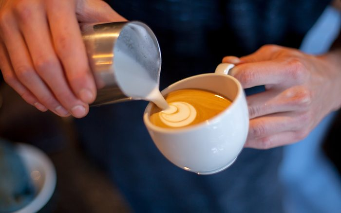 Make latte art coffee