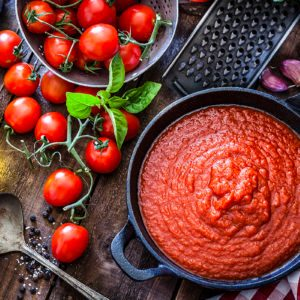 Marinara vs. Tomato Sauce: What's the Difference?