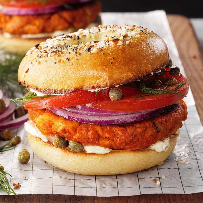 Salmon Croquette Breakfast Sandwich Exps Tohescodr20 243593 E03 12 7b 13