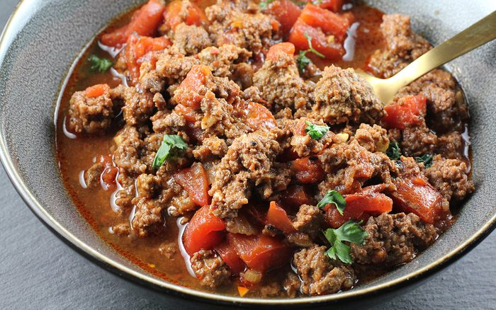 horizontal image keto chili