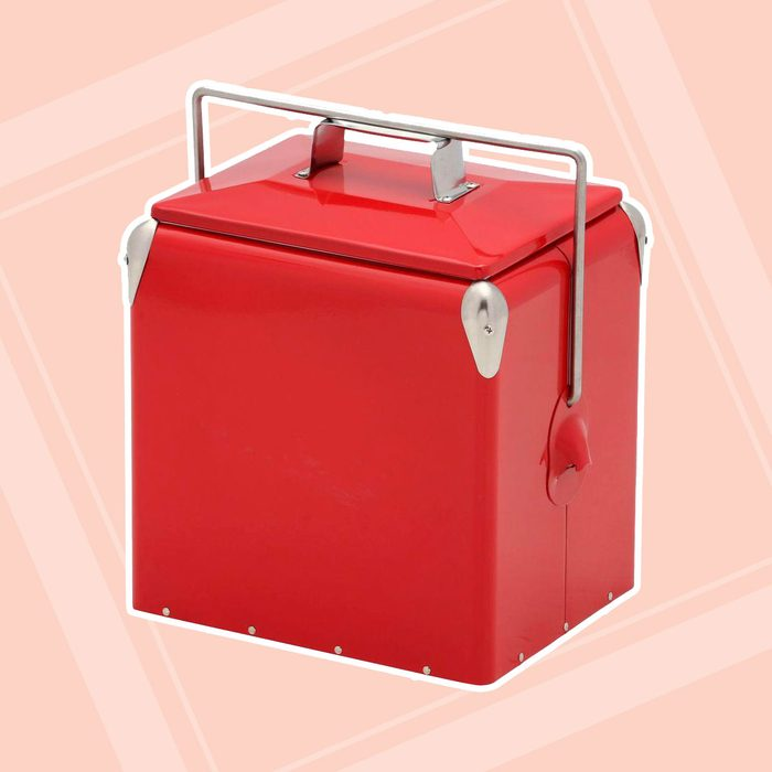 12 qt. Old Fashioned Metal Picnic Cooler