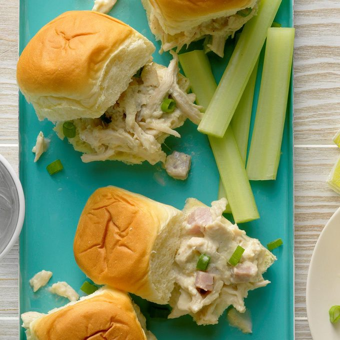 Chicken Cordon Bleu Sliders Exps Thedscodr20 238609 B01 10 2b 3