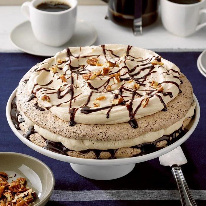Chocolate Pecan Pavlova Torte Exps Tohca20 235828 E02 26 4b 3