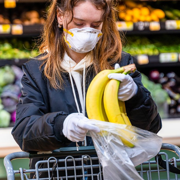 Safe shopping practice during a viral epidemic outbreak in Pennsylvania, USA.