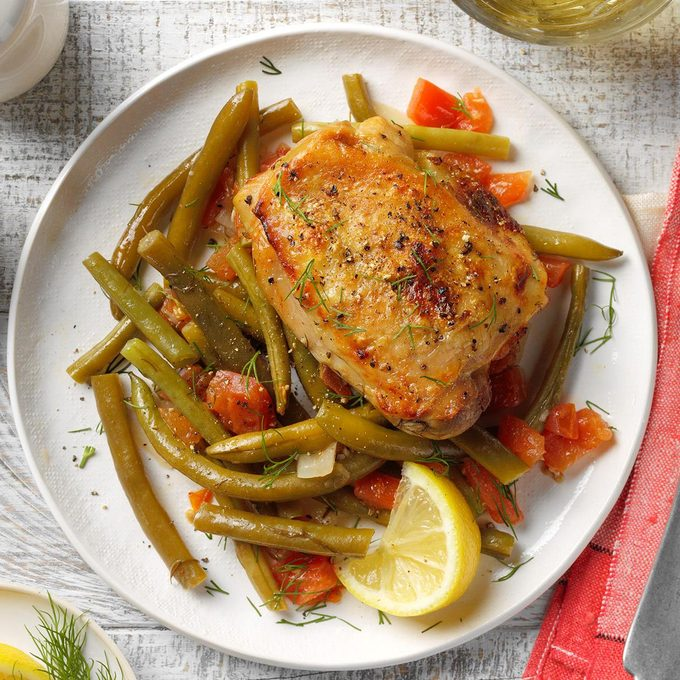 Greek Style Chicken With Green Beans Exps Thedscodr20 198490 B02 11 3b 17