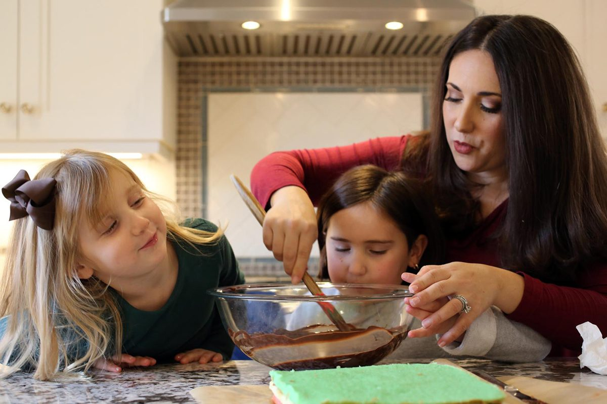 [Shannon and her two girls baking]