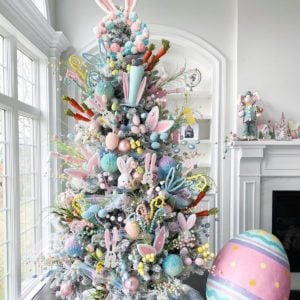 An Easter Tree Is the Spring Decoration We All Need to See Right Now