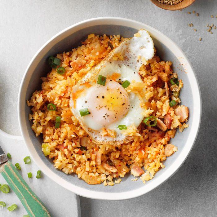 Kimchi Cauliflower Fried Rice Exps Tohescodr20 246006 E03 17 2b 14