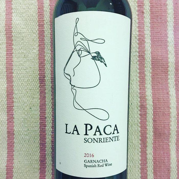 La Paca Sonriente Garnacha wine bottle.