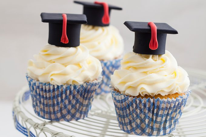 Graduation cupcakes with vanilla frosting