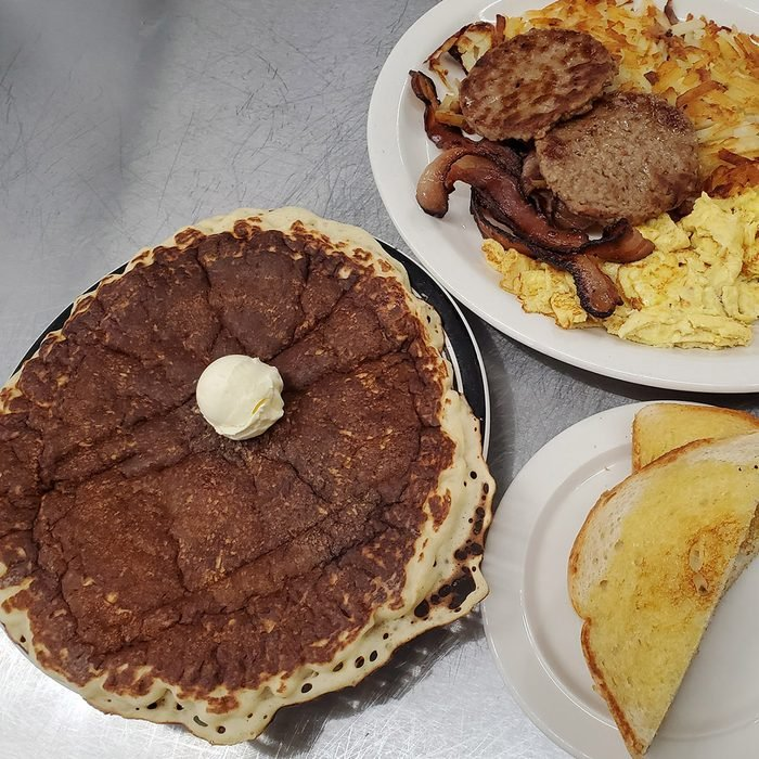 Big Mike's Burgers and more, Belen pancakes