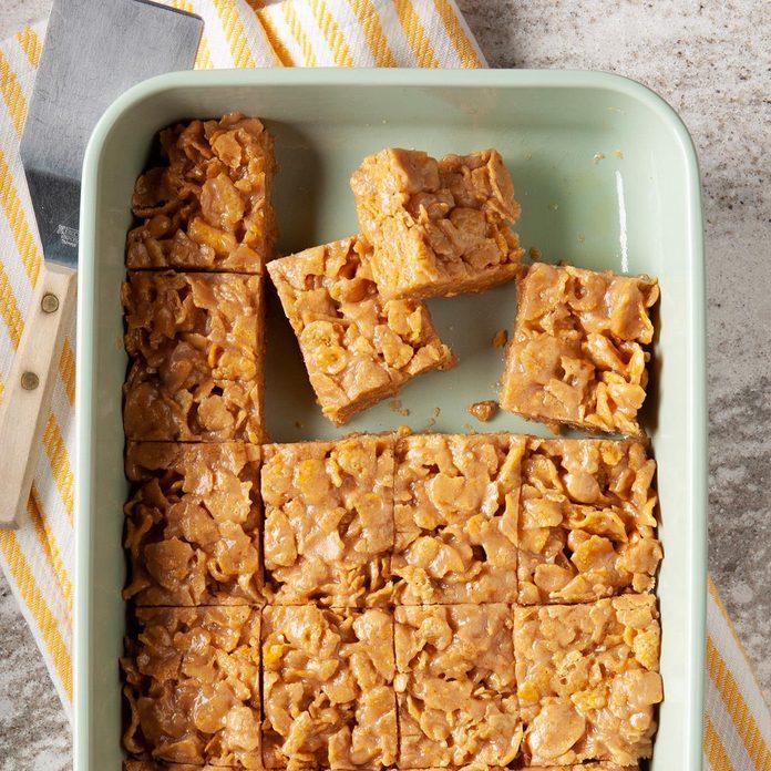Peanut Butter Cornflake Bars