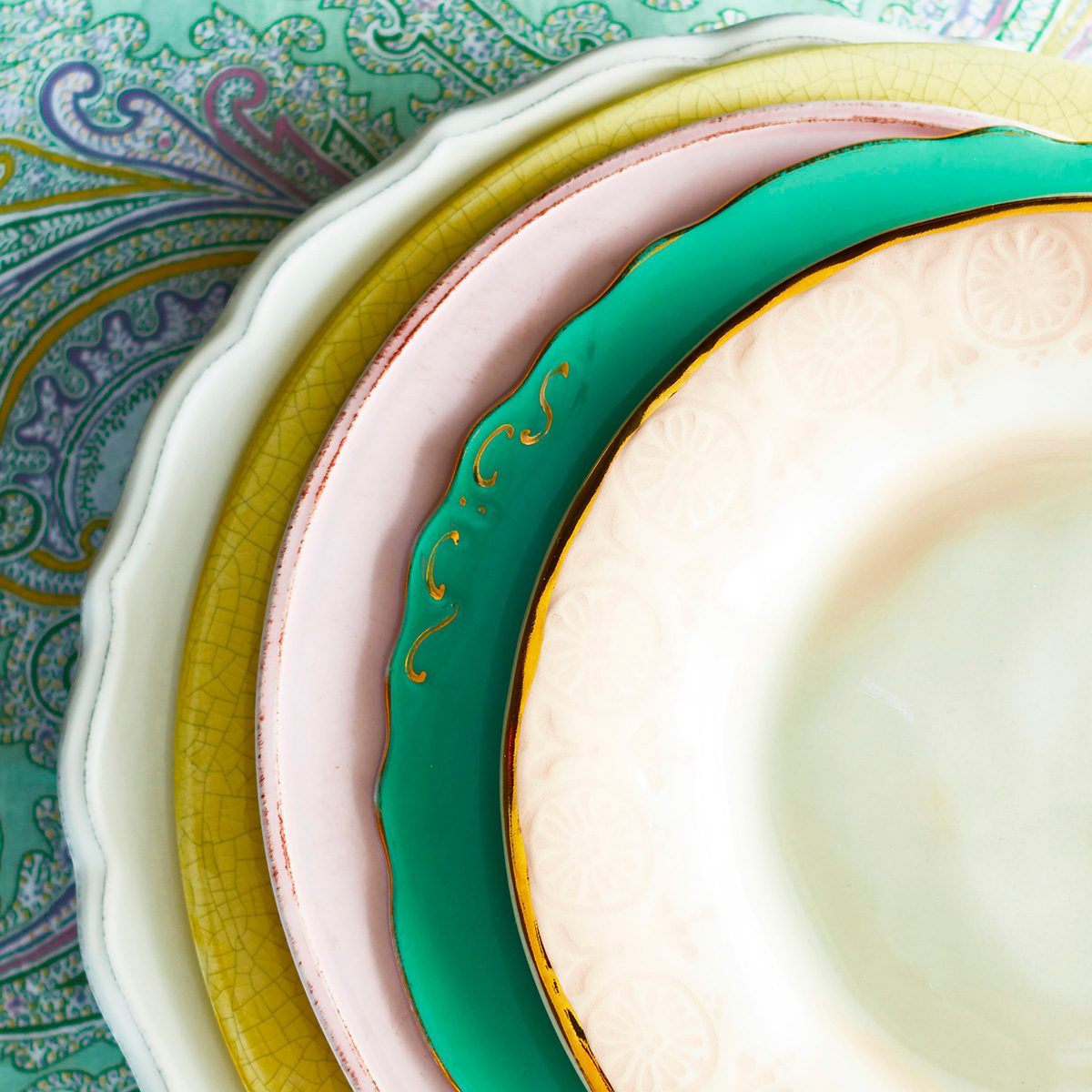 Variety of plates, close up view of edges