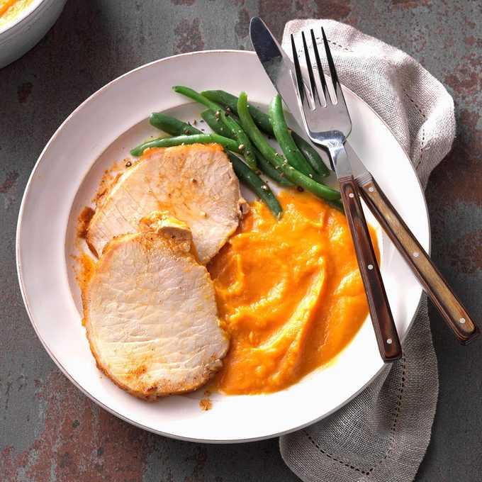 Cajun Spiced Pork Loin With Sweet Potato Puree Exps Tsee19 243667 C06 27 3b Based On 3