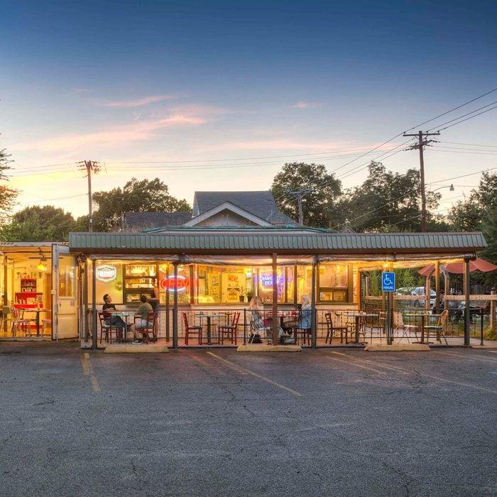 The best vegetarian/vegan cafe in Arkansas