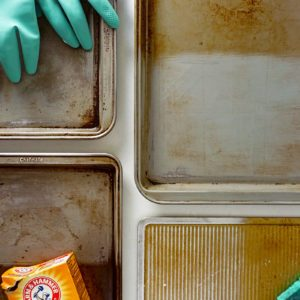We Tried 4 Methods for Cleaning Baking Sheets and Found the Best