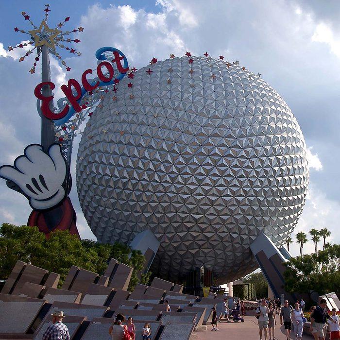 ORLANDO, FL - OCTOBER 8: Guests leave Walt Disney World's Epcot October 8, 2003 near Orlando, Florida. (Photo by Matt Stroshane/Getty Images)