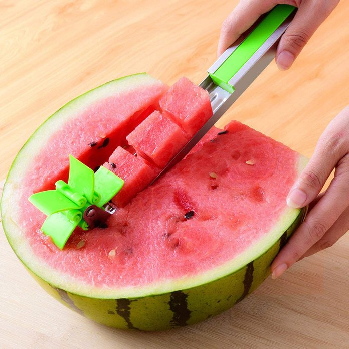 Watermelon slicer cutter Windmill Auto Stainless Steel Melon Cuber Knife Corer Fruit Vegetable Tools Kitchen Gadgets (Green) square
