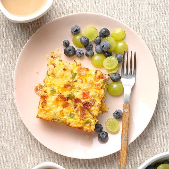 Easy Cheesy Cauliflower Breakfast Casserole Exps Tohdj21 242529 B08 04 1b 16