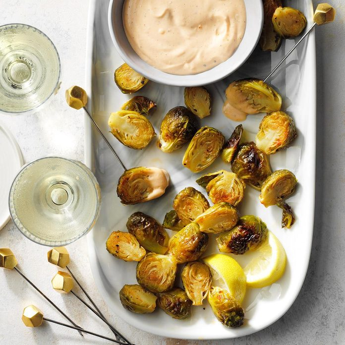 Roasted Brussels Sprouts With Sriracha Aioli  Exps Tohdj21 248458 E07 30 8b 3