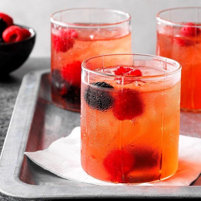 Skinny Huckleberry Cocktail